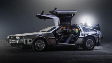 Компания DeLorean планирует возродить легендарный автомобиль
