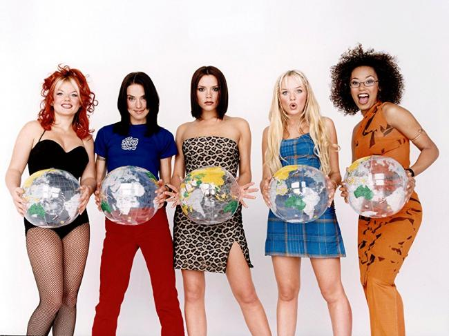 Легендарные Spice Girls вернутся на сцену без Виктории Бекхэм