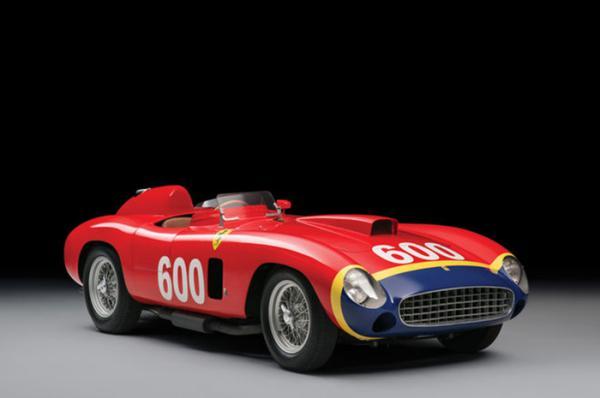 Десять самых дорогих автомобилей, проданных на аукционах в 2015 году (ФОТО)