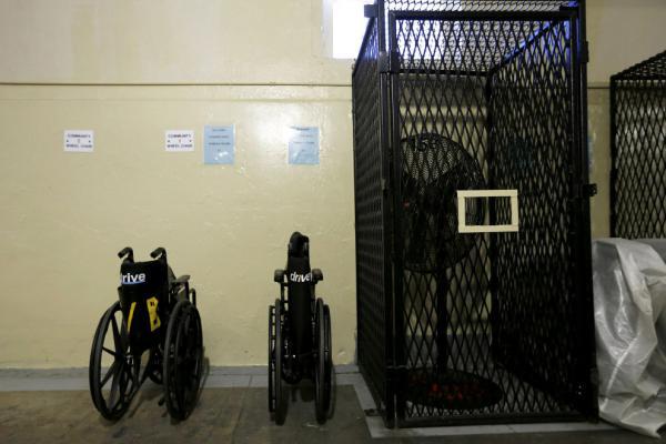Жизнь в камерах смертников знаменитой тюрьмы Сан-Квентин (ФОТО)