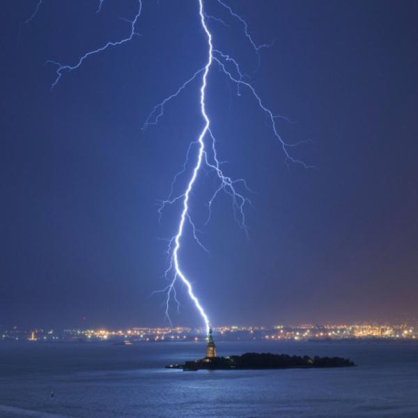 Нестандартные фотографии, в которые трудно поверить (ФОТО)