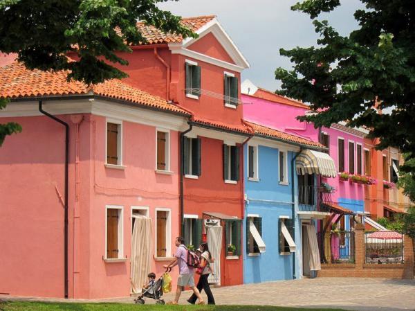 Восхитительная палитра, или как выглядит остров Бурано (ФОТО)