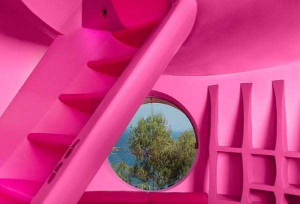 Удивительный Дворец Пузырей Пьера Кардена (ФОТО)