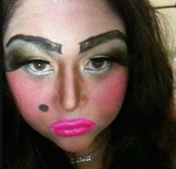 Эти девушки просто хотели быть красивыми, но что-то пошло не так (ФОТО)