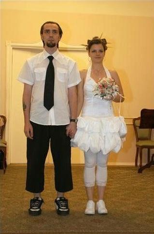 12 самых безобразных и странных свадебных нарядов (ФОТО)