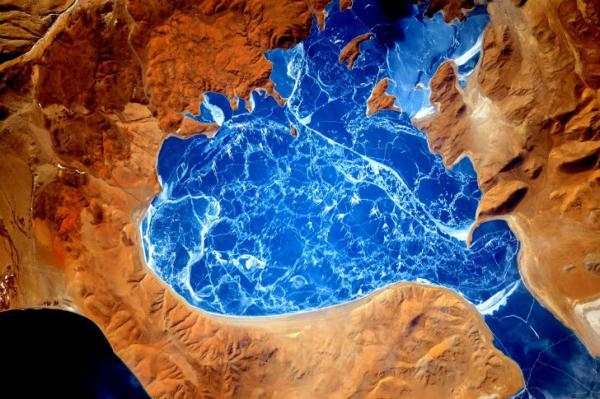В NASA собрали подборку эффектных снимков Земли, сделанных из космоса (ФОТО)