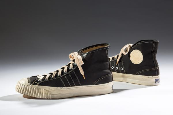 Эволюция дизайна кроссовок за 200 лет (ФОТО)