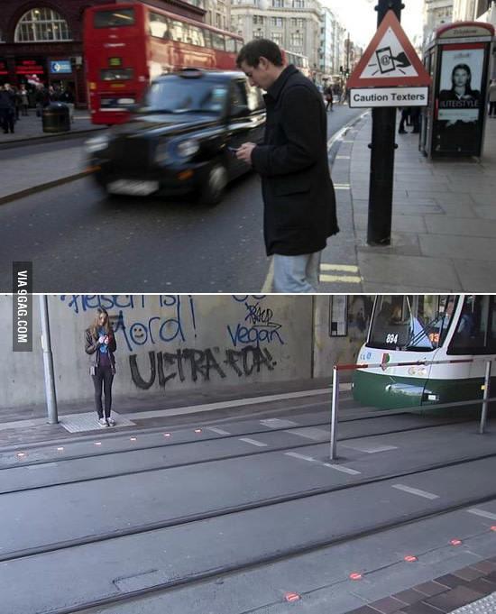 В Германии решили проблему пешеходов, которые не отрываются от смартфонов (ФОТО)