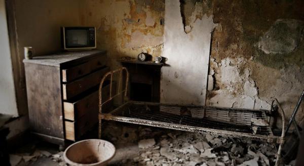 Канадец нашел и сфотографировал дом, заброшенный 60 лет назад (ФОТО)
