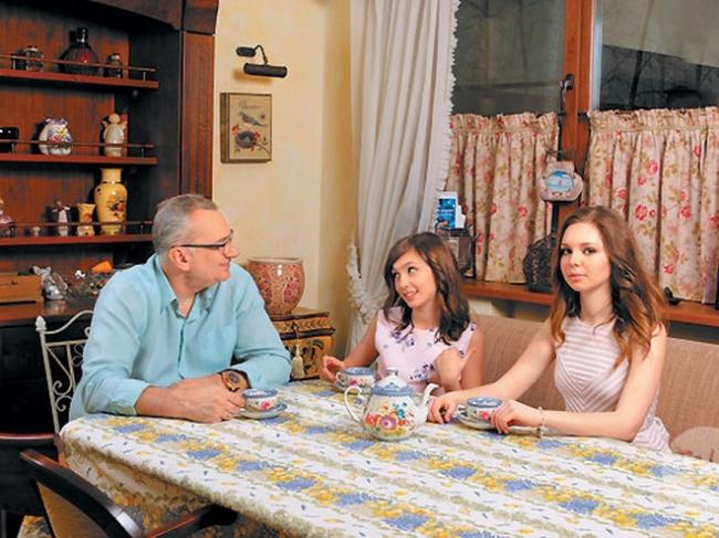 Константин Меладзе показал повзрослевших дочерей (ФОТО)