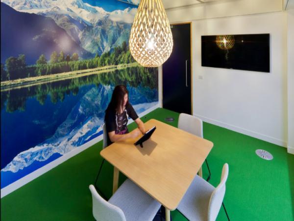 На работу как на праздник: настоящий офис мечты в Лондоне (ФОТО)