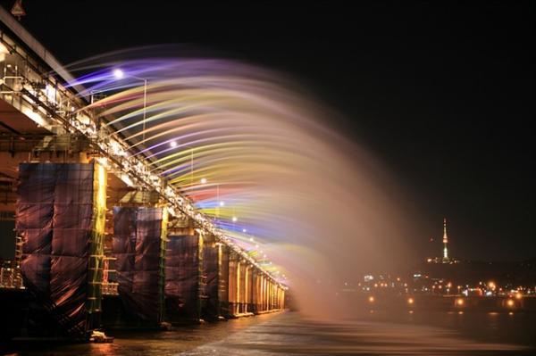 Жемчужина Сеула - мост с фонтаном Банпо (ФОТО)