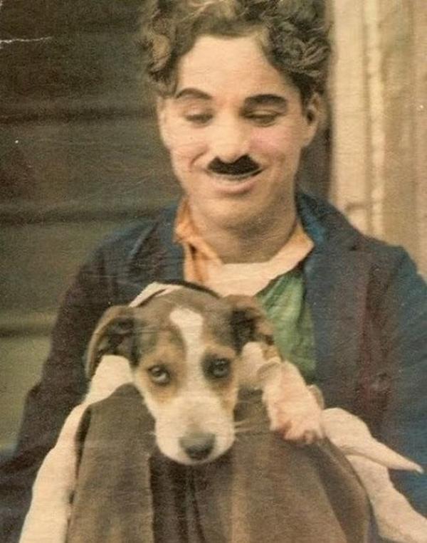 10 редких цветных фотографий Чарли Чаплина (ФОТО)
