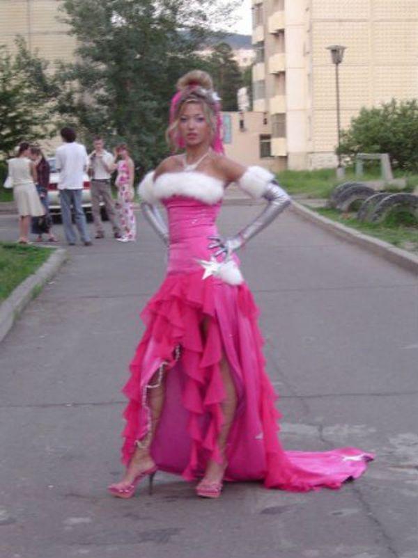 Самые красивые выпускницы и платья