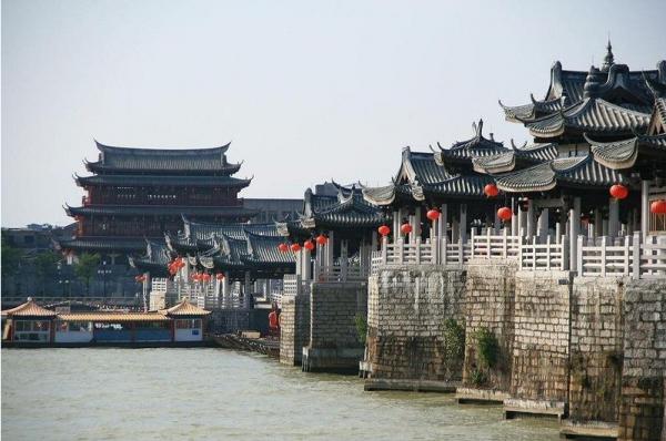 Античный плавающий мост Гуанцзы (ФОТО)