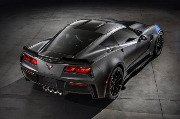 Производители обнародовали цену на Chevrolet Corvette Grand Sport 2017 (ФОТО)