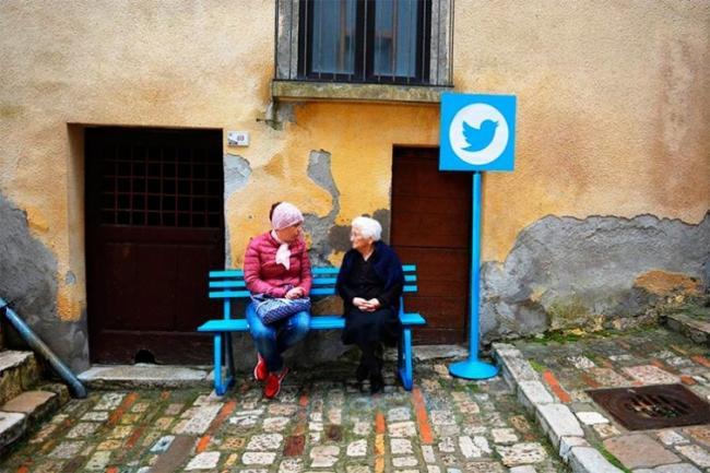 «Интернет» в реальной жизни. Как живут люди без соцсетей (ФОТО)