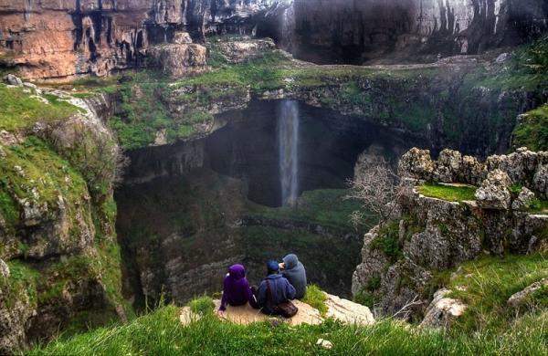 Ливанское чудо природы: трехъярусный водопад (ФОТО)