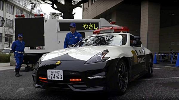 Токийские хищники: полицейские из столицы Японии получили новые спорткары (ФОТО)