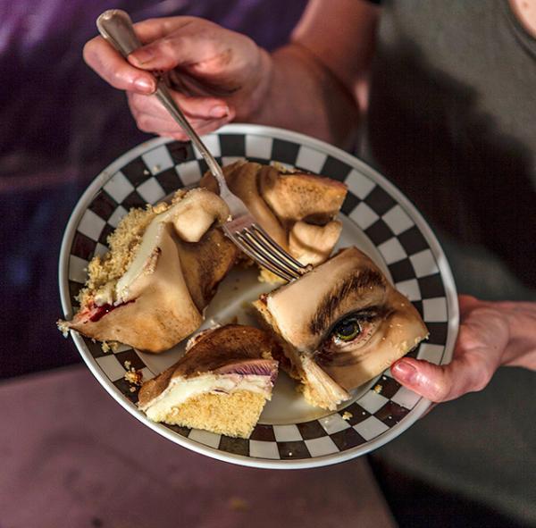 Пугающая кулинария: самые неаппетитные торты в мире (ФОТО)