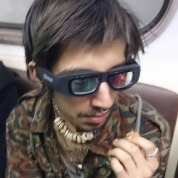 15 самых нелепых и странных нарядов в метро (ФОТО)