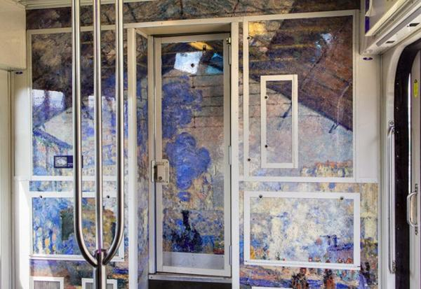 Фантастическая идея! Французский поезд превратился в произведение искусства (ФОТО)