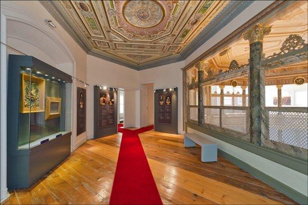 Своеобразный символ Турции: музей  монахов в Стамбуле (ФОТО)