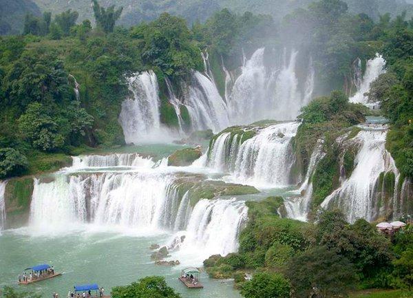Ослепительная красота природы: один из самых живописных водопадов в мире (ФОТО)