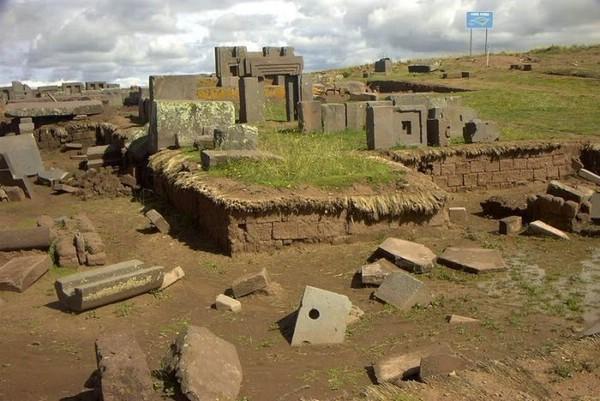 """""""Дверь пумы"""" — загадочный древний комплекс в Южной Америке (ФОТО)"""