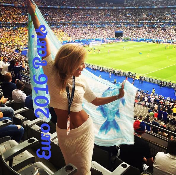 Подборка самых ярких футбольных болельщиц (ФОТО)