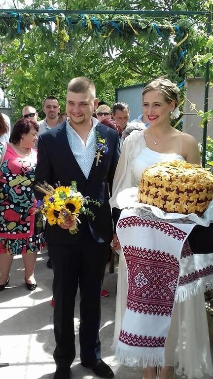 Скромная свадьба. Дмитрий Ярош выдал замуж свою дочь (ФОТО)