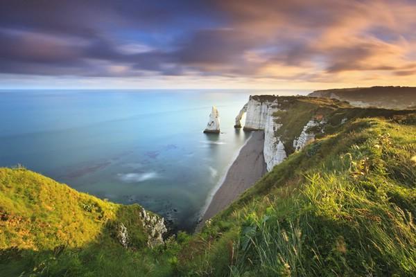 Чарующие красоты Франции: белоснежные скалы Этрета (ФОТО)