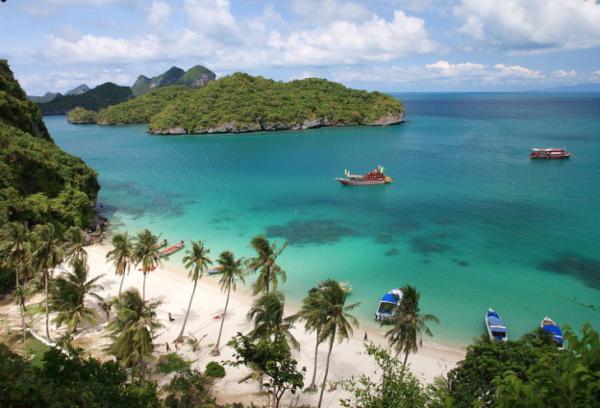 Летний туризм: потрясающие пляжи и курорты таиландского острова Самуи (ФОТО)