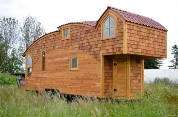 Уютный и функциональный домик на колесах площадью всего 20 кв. метров (ФОТО)