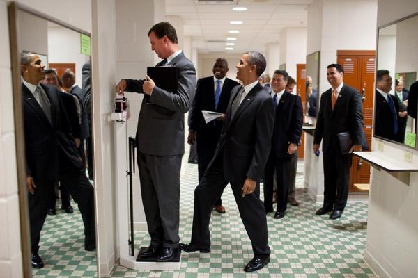 Семь мгновений Барака Обамы. Чем запомнился американцам президент (ФОТО)