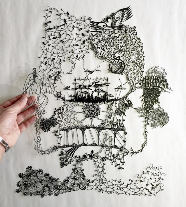 Японский художник вручную вырезает фантастические бумажные картины (ФОТО)