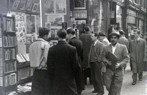 Путешествие во времени: как выглядел Лондон середины прошлого столетия (ФОТО)
