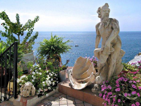 Туристический рай: красивейшие Сады Посейдона в Италии (ФОТО)