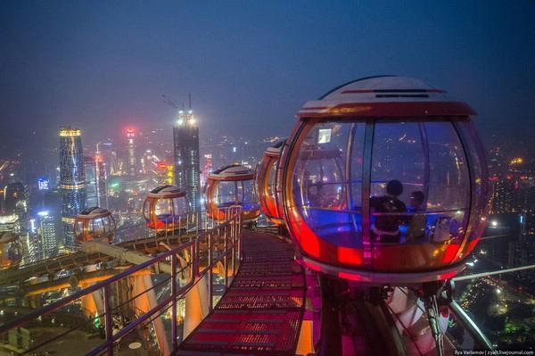 Путешествие на Восток: один из самых эффектных аттракционов Китая (ФОТО)