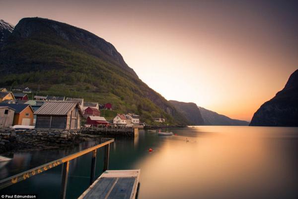 Красота норвежских фьордов в работах британского фотографа (ФОТО)