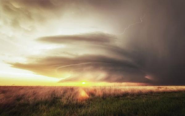 Красивое бедствие: ураганы в США (ФОТО)
