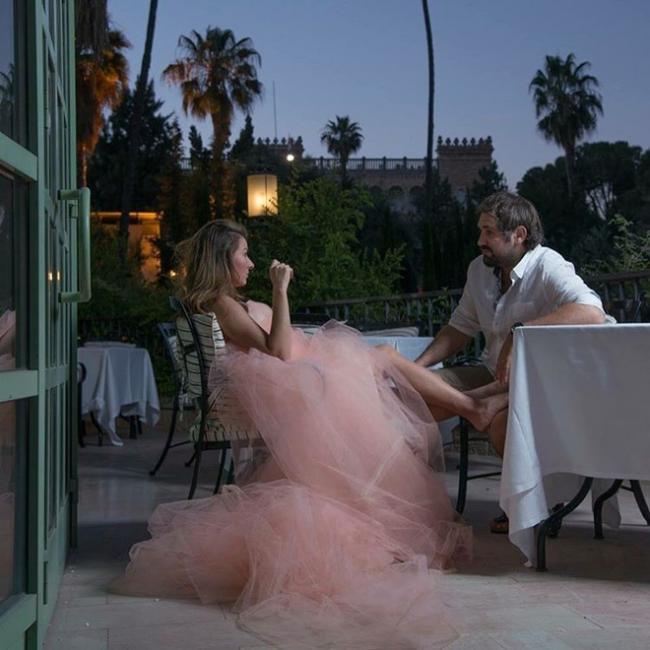 Жанна Бадоева вновь примерила образ невесты (ФОТО)