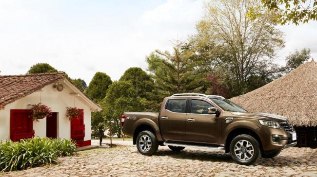 Renault представила новый пикап Alaskan (ФОТО)