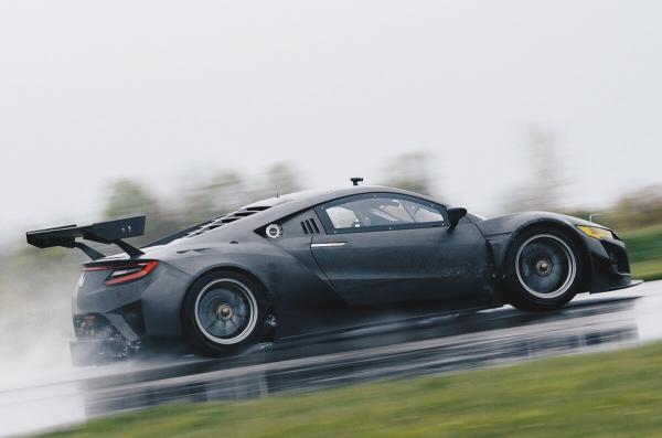 NSX GT3 - карбоновый монстр от Acura (ФОТО)