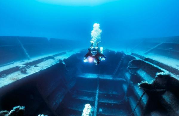 Останки кораблей: захватывающий дух проект фотографа из Польши (ФОТО)