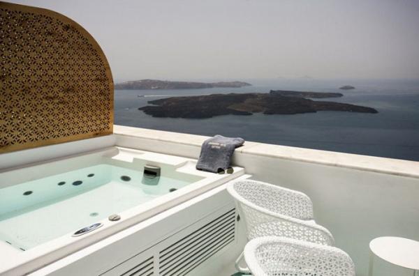 Слияние традиций и современных технологий: потрясающий отель на греческом курорте (ФОТО)