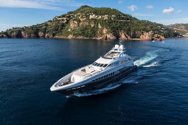 Sibelle: уникальная яхта нового поколения (ФОТО)
