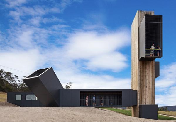 Смотровая башня из морских контейнеров: проект архитекторов из Австралии (ФОТО)