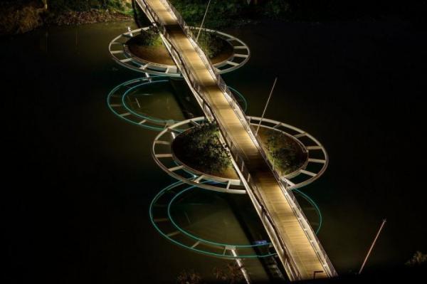 Архитектура 21 века: самый необычный мост в Южной Америке (ФОТО