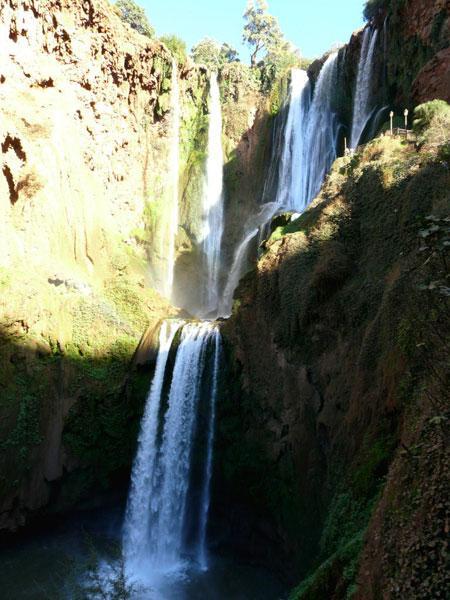 """""""Покрывало влюбленных"""": один из самых красивых водопадов Африки (ФОТО)"""